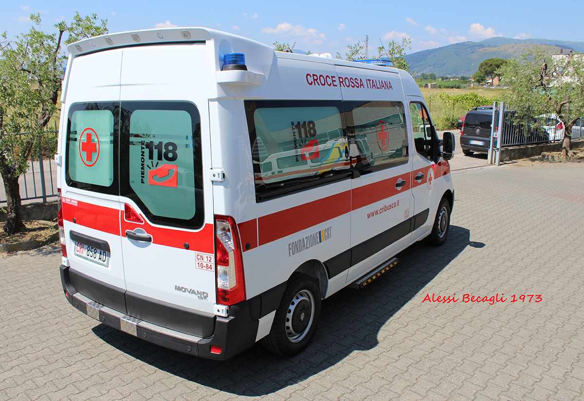 Benedetta la nuova ambulanza del Comitato